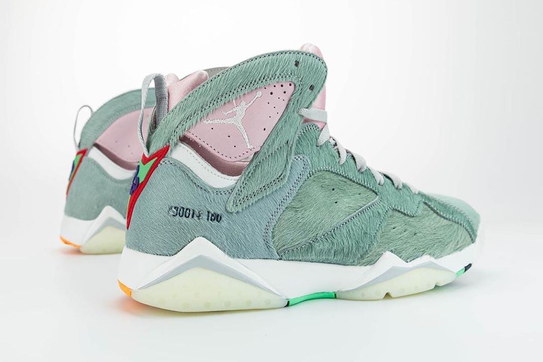 air-jordan-7-retro-hare-2-bugs-bunny-neutral-grey-summit-white-pink-foam-CT8529-002-release-date-11