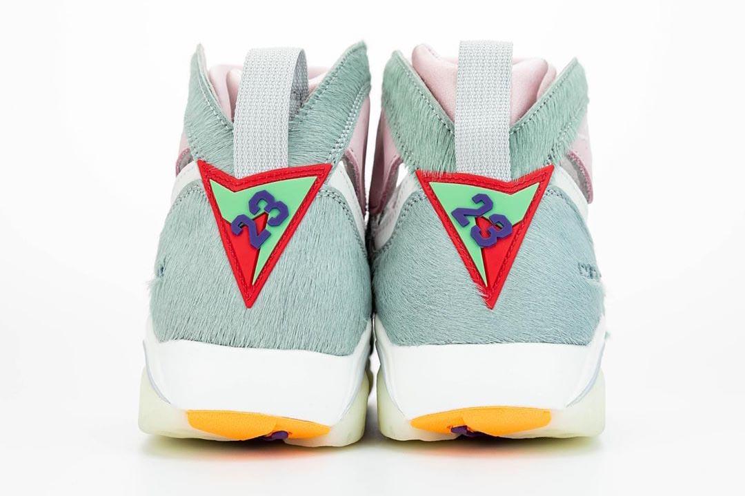 air-jordan-7-retro-hare-2-bugs-bunny-neutral-grey-summit-white-pink-foam-CT8529-002-release-date-12