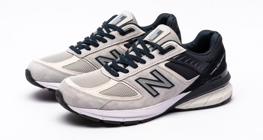 New Balance 990v5 Light Grey/Black