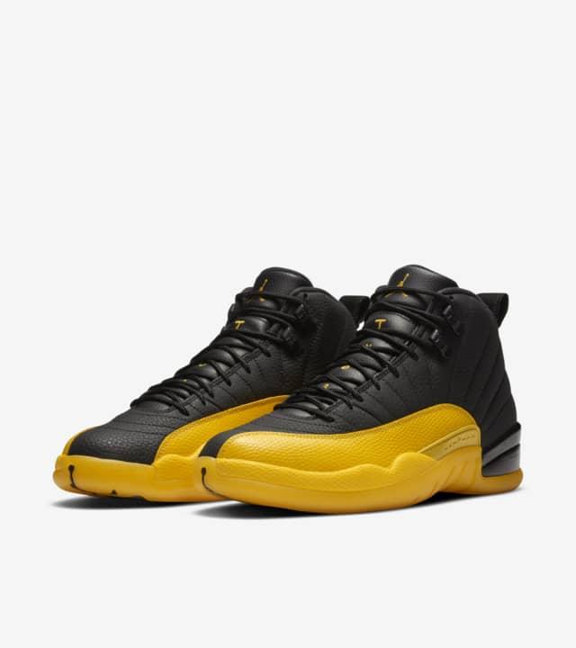 Air Jordan 12 Black/University Gold