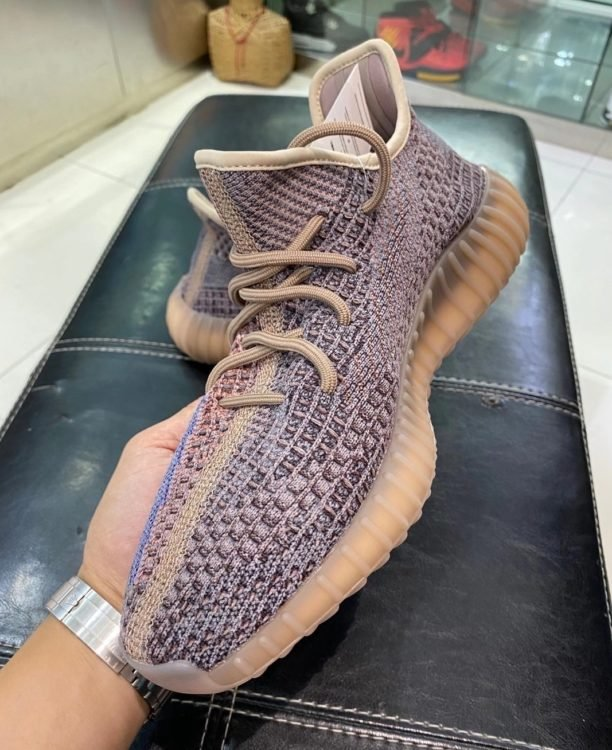Yeezy Boost 350 V2 'Fade'
