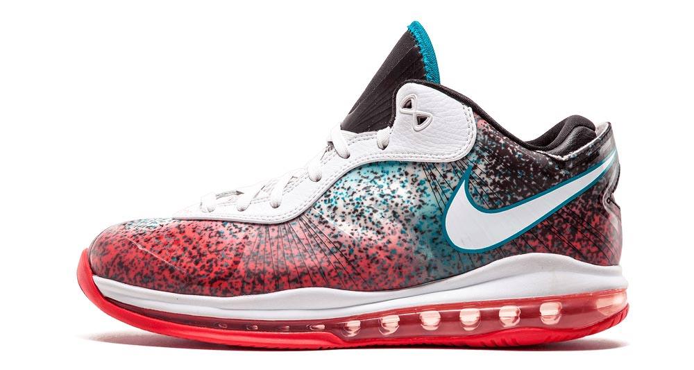 Nike LeBron 8 V2 Low \