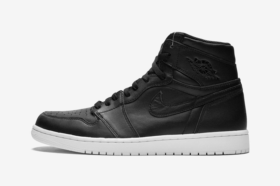 2015-air-jordan-1-retro-high-og-cyber-monday-black-white-555088-006