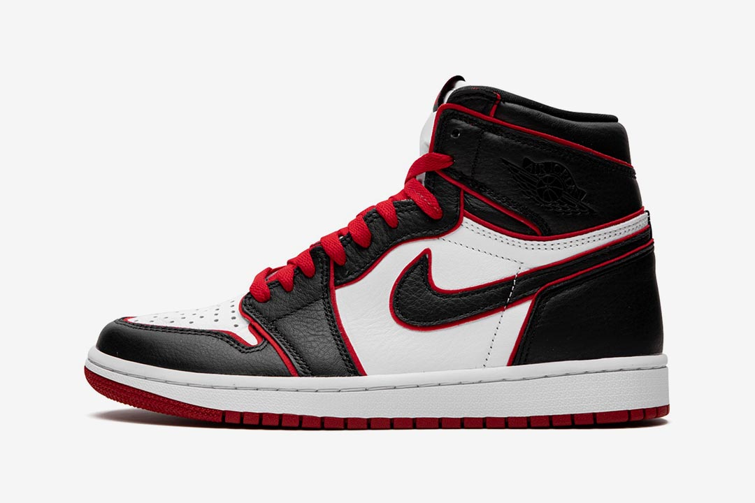 2019-air-jordan-1-retro-bloodline-black-gym-red-white-555088-062