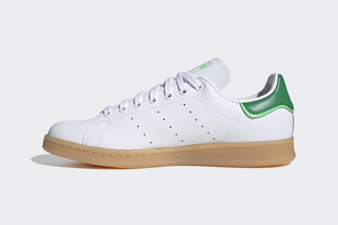 adidas-stan-smith-cloud-white-green-gum-FU9599