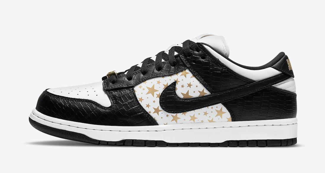 """Supreme x Nike SB Dunk Low """"Black""""/"""