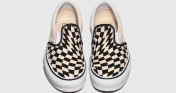 vans-classic-slip-on-twist-warp-checker-classic-white-VN0A4UUD1MK