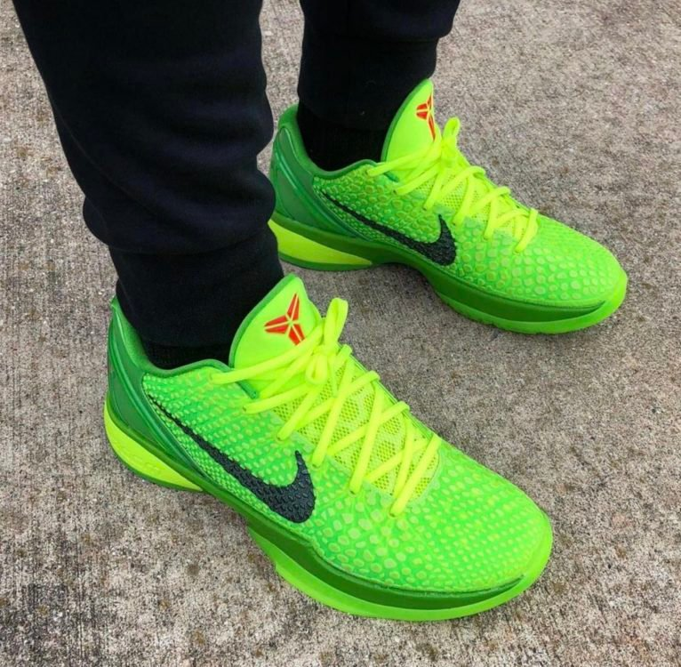 nike-zoom-kobe-6-protro-grinch-green-apple-volt-crimson-black-cw2190-300-release-date
