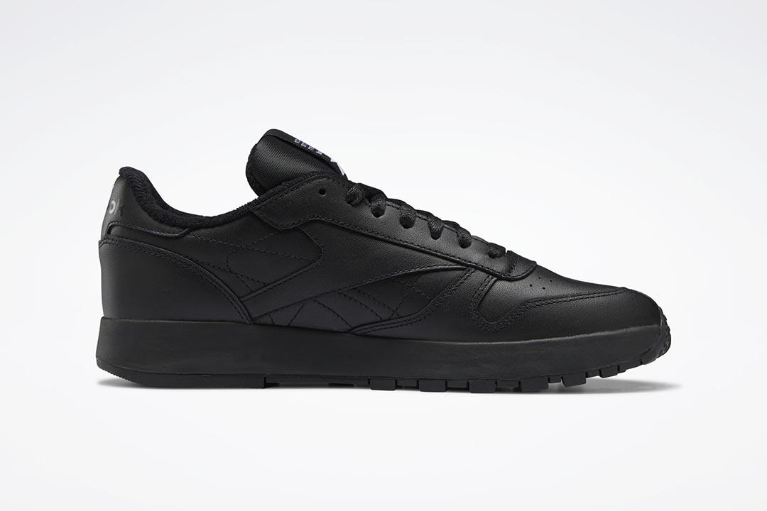 Maison Margiela x Reebok Classic Leather Tabi Black H04864
