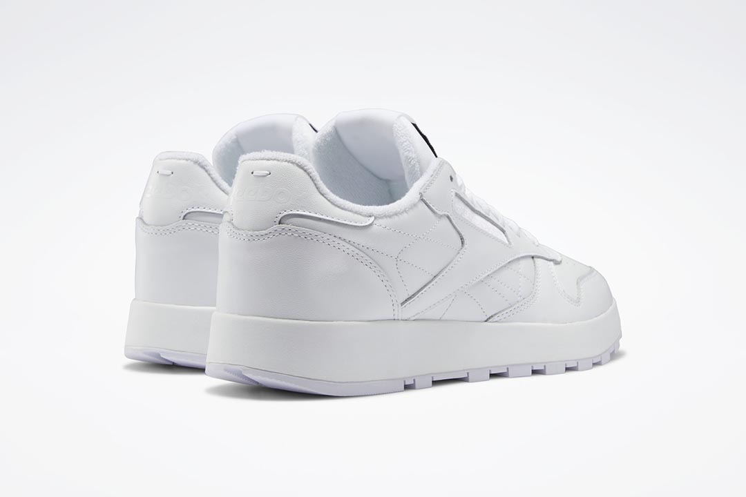 Maison Margiela x Reebok Classic Leather Tabi White H04865