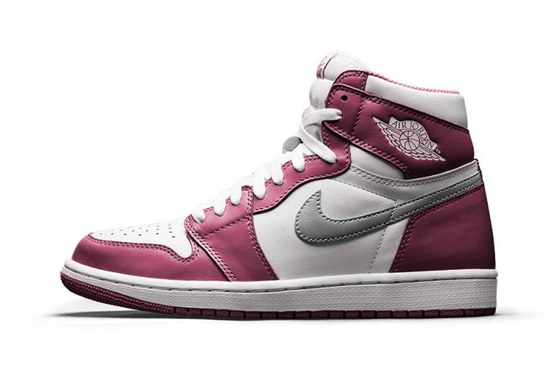 Air Jordan 1 Retro High OG Bordeaux 555088 611 00