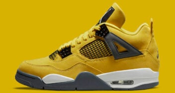 "Air Jordan 4 ""Lightning"" 2021 CT8527-700"