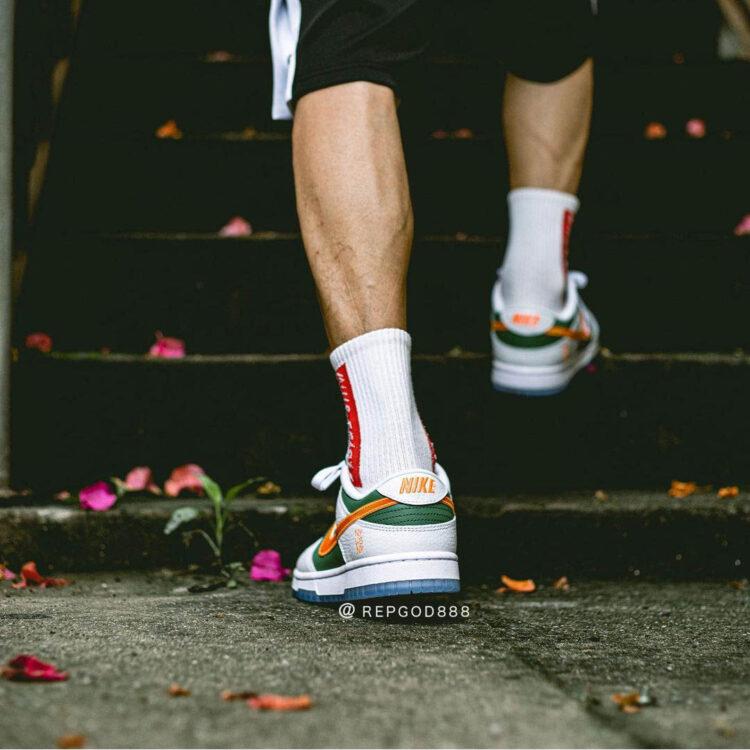 Nike Dunk Low NY vs NY DN2489 300 24 750x750