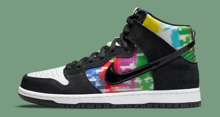 "Nike SB Dunk High ""TV Signal"" CZ2253-100"