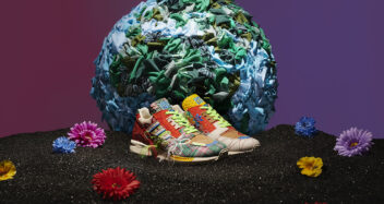 """Sean Wotherspoon x adidas ZX 8000 """"Super Earth"""" GZ3088"""