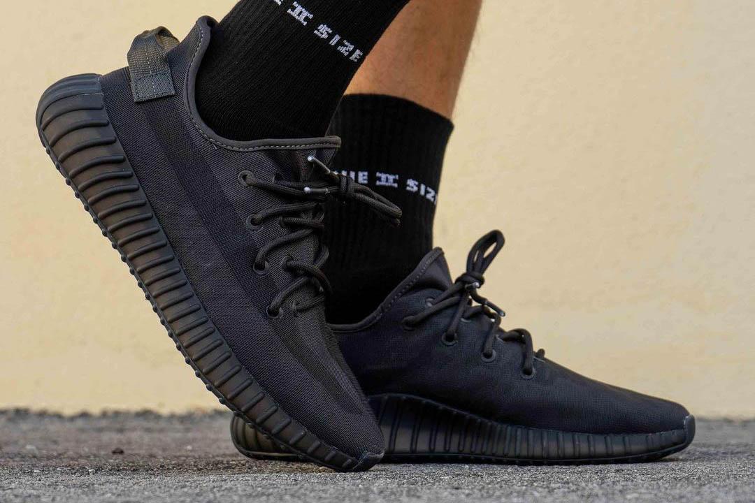 """adidas Yeezy Boost 350 V2 """"Mono Black"""" GX3791"""