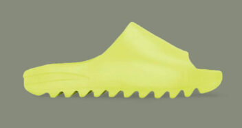 """adidas Yeezy Slide """"Glow Green"""""""