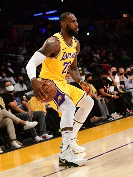 "Lebron James in the Nike Lebron 15 ""SVSM Air Zoom Generaton"""