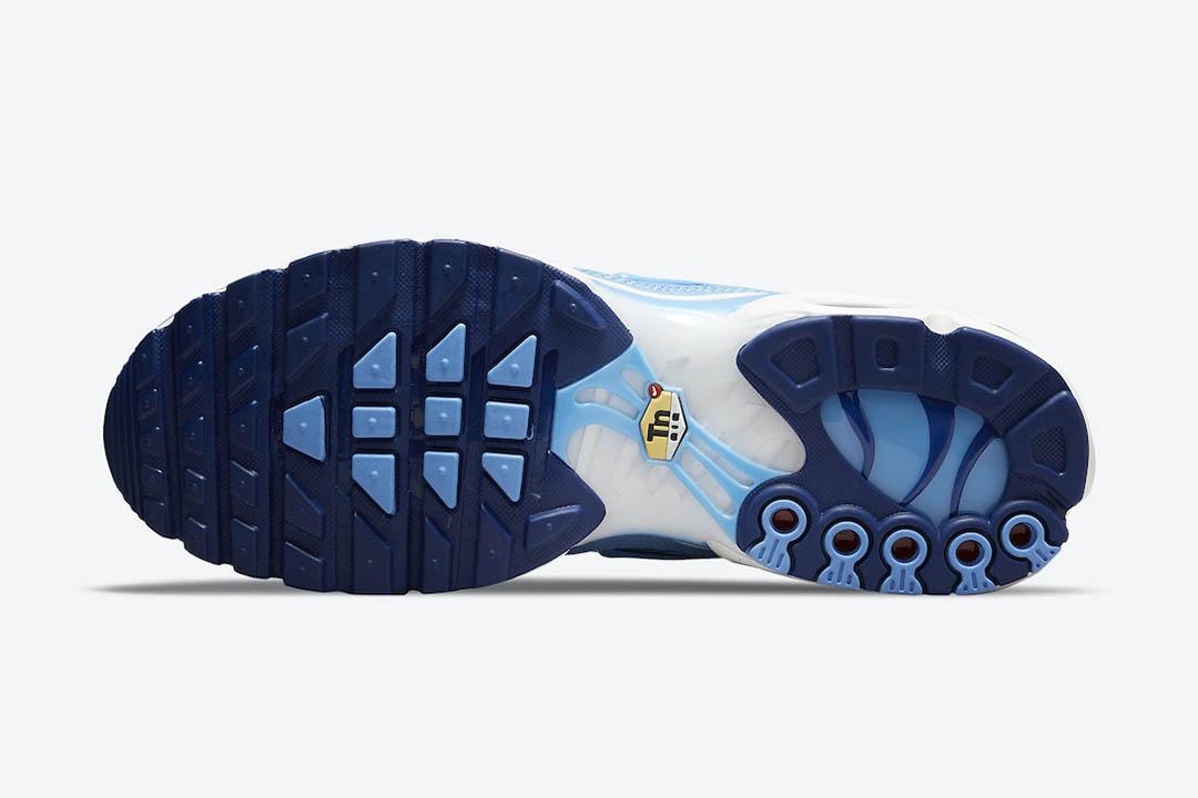 Nike Air Max Plus First Use DB0681 400 05