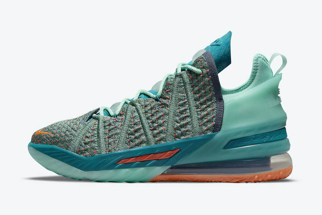 Nike LeBron 18 We Are Family CQ9283 300 00