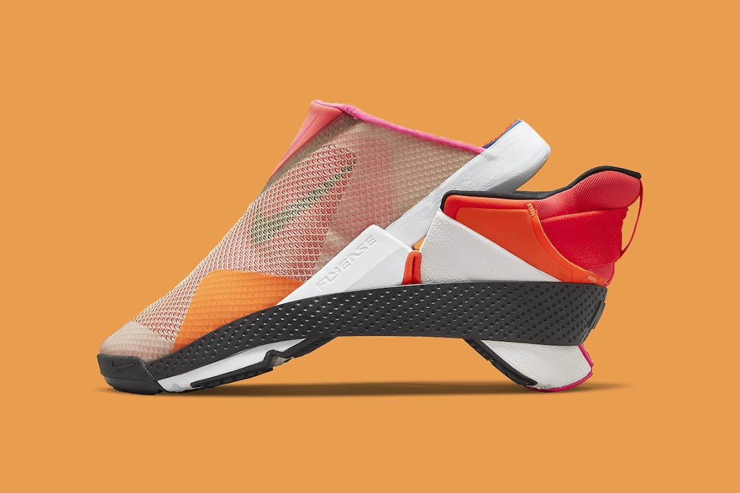 Nike Go FlyEase CW5883-600