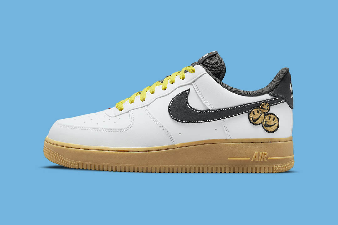 """Nike Air Force 1 """"Go The Extra Smile"""" DO5853-100"""