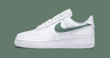 """Nike Air Force 1 Low """"Glitter Swoosh"""" DH4407-100"""