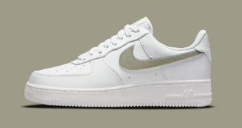 """Nike Air Force 1 Low """"Glitter Swoosh"""" DH4407-101"""
